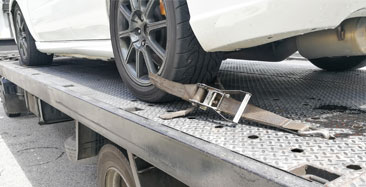 Flatbed & Wheel Lift Service