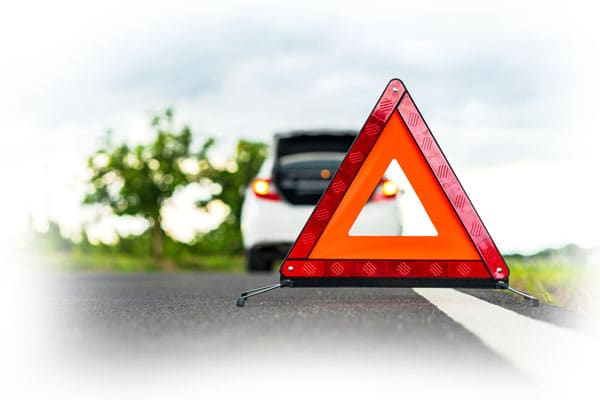 stay-safe-while-you-wait-roadside-assistance